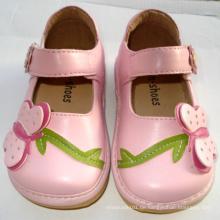 Lovely Pink Big Butterfly Girl Quietschen Schuhe