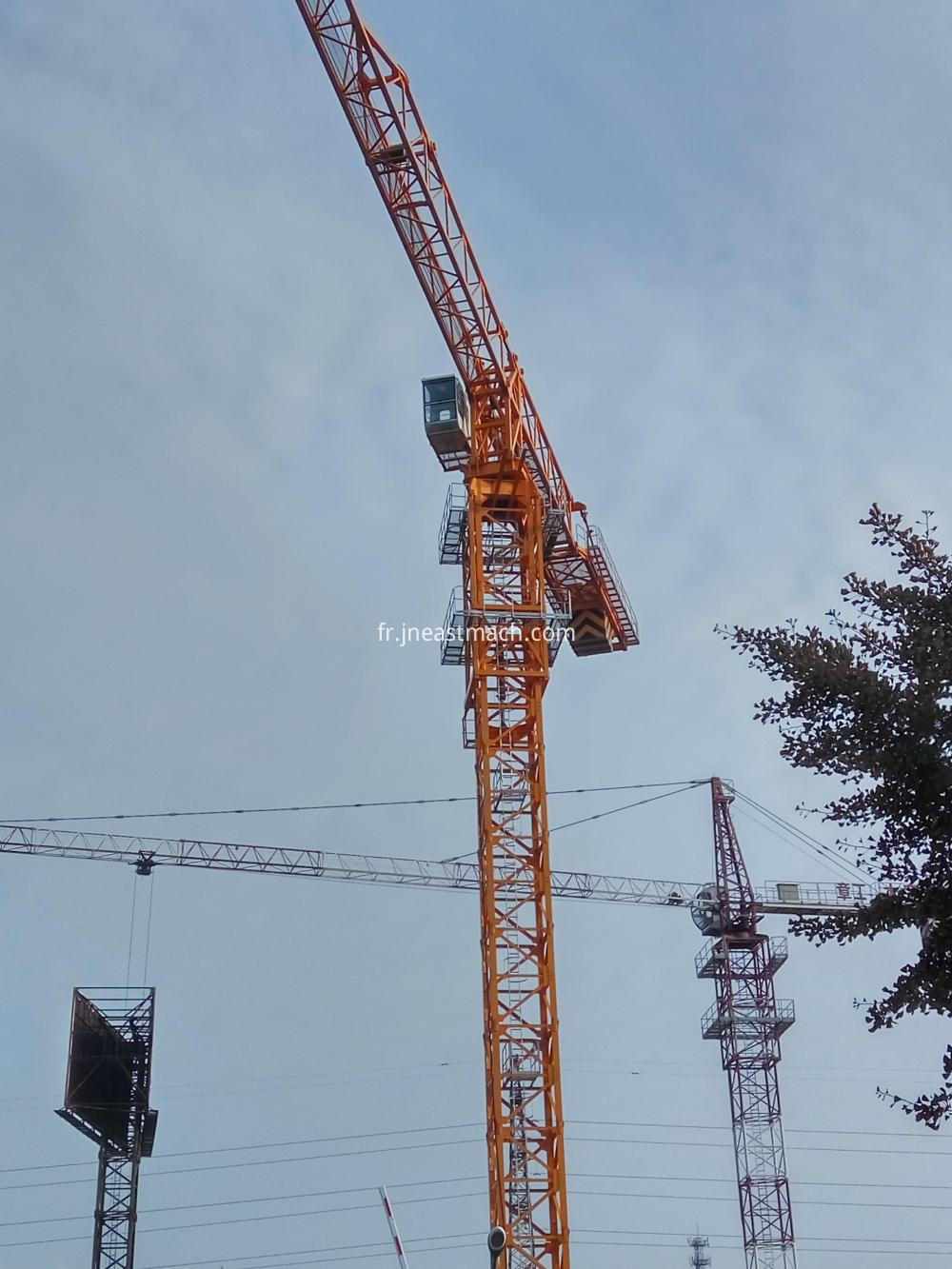Topless Type Qtz310 16t Construction Tower Cranes Travelling Tower Crane Model
