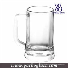 Tasse à bière en verre avec poignée