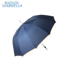 Los anuncios abiertos autos azules de aluminio modificados para requisitos particulares de la alta calidad imprimen el paraguas recto fresco del golf China fabrica para los deportes del verano