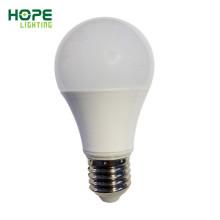 Prix le plus bas et la meilleure ampoule LED mondiale Quanlity 7W 9W 13W 15W A60 E27