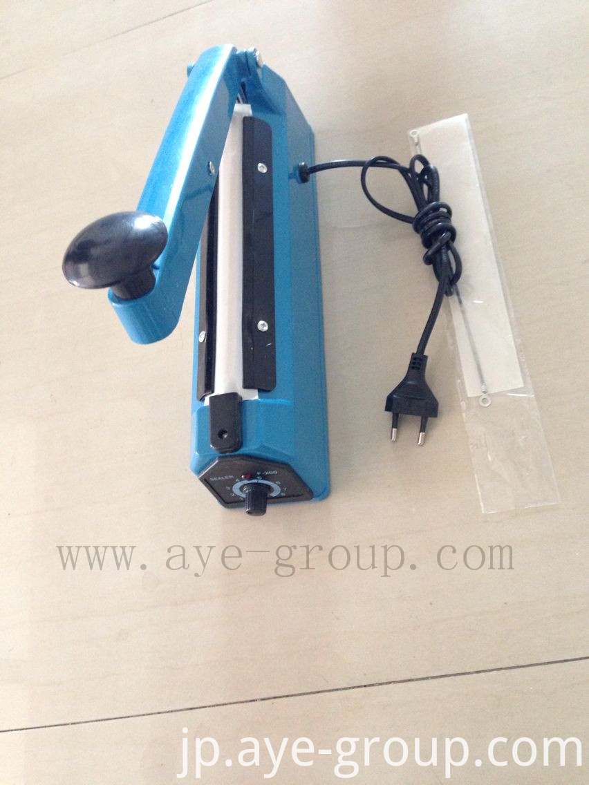 Electric impulse sealer
