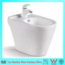 Baño de cerámica de una pieza de cerámica blanca del baño de las mujeres