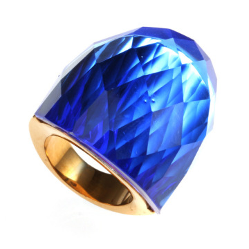 Big Stone Wide Ring con grande cristallo blu