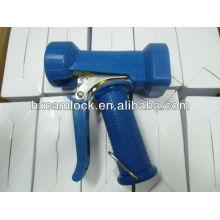 Cleaning high pressure water gun