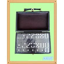 Doppel sechs weiße Farbe schwarz Domino mit Lederbox