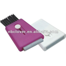 computer keyboard brush & screen cleaner