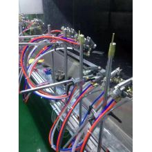 Automatic paint spraying machine for saving paint