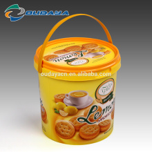 China in mould label manufacturer Food Grade Plastic Biscuit Container in mould labeling Bucket with Lid and Handle