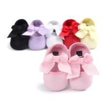Zapatos de bebé para bebés pequeños de Prewalker con suela infantil