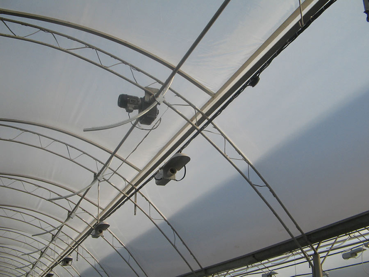 SK greenhouse polytunnel-roof-venti