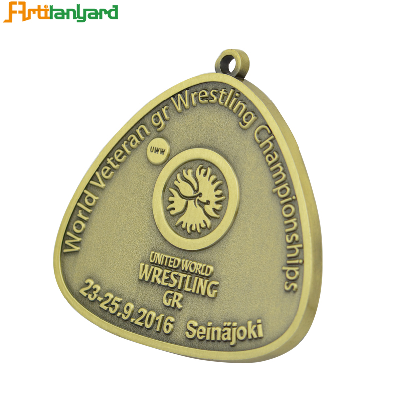 Design Your Logo With Gold Medal