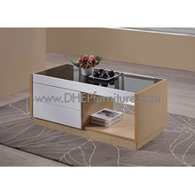 Mesa de centro de madera con tapa de cristal