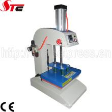 Fabrique la venta El CE barato aprobó el equipo neumático automático de la sublimación del logotipo