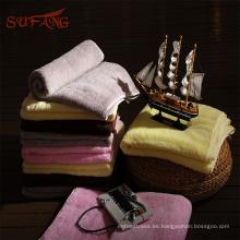 Toalla de baño hooed colorida del algodón orgánico del algodón para la fabricación modificada para requisitos particulares