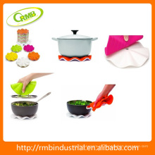 Kitchen Pot Holder Silicone Trivet com base de nylon branco