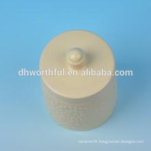 2016 new-design Ceramic seasoning pot in cream color