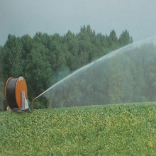 Sistema de riego de carrete de manguera de agua Traveler a la venta