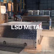 Custom aluminum canopy ute toolbox Custom aluminum canopy ute toolbox