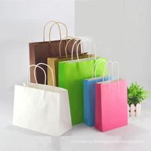 Kundenspezifische farbige Papiertüten mit Griffen