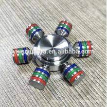 El juguete popular del diseño de la novedad alivia el metal de la tensión Fidget Spinner de la mano