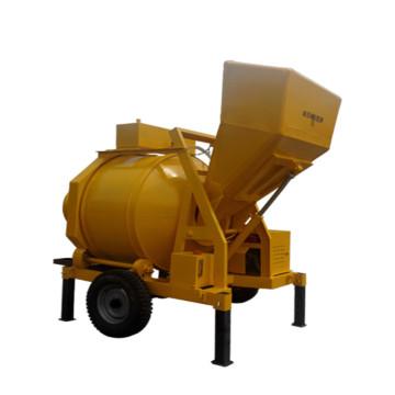 Mezclador de concreto autocargable con motor diesel a la venta