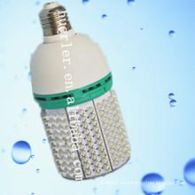 China 2014 nuevo poder más elevado llevado lámpara de maíz con ventilador de refrigeración e27 luz solar