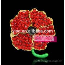 Broche multi strass rouge