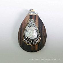 Pendentifs pendentifs en bois de santal en bois précieux à la main