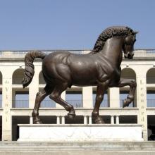 Reprodução mundialmente famosa da escultura do cavalo de Da Vinci (o serviço personalizado está disponível)
