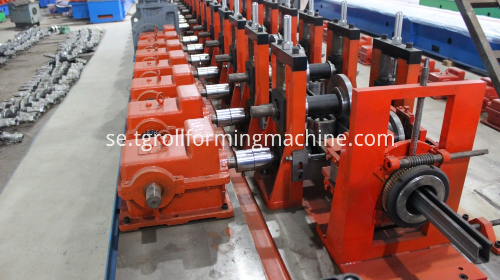 Channel Form Machine