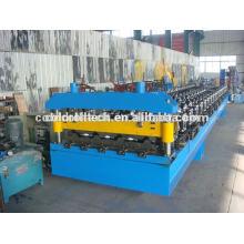 Stahldachplatte, die Maschine bildet