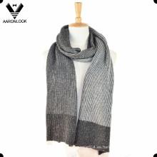 2016 La última moda del invierno hizo punto la bufanda del hilado de Nep
