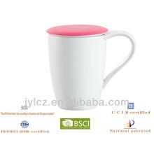 Keramik-China-Teetasse mit Tee-Ei und Silikon-Deckel