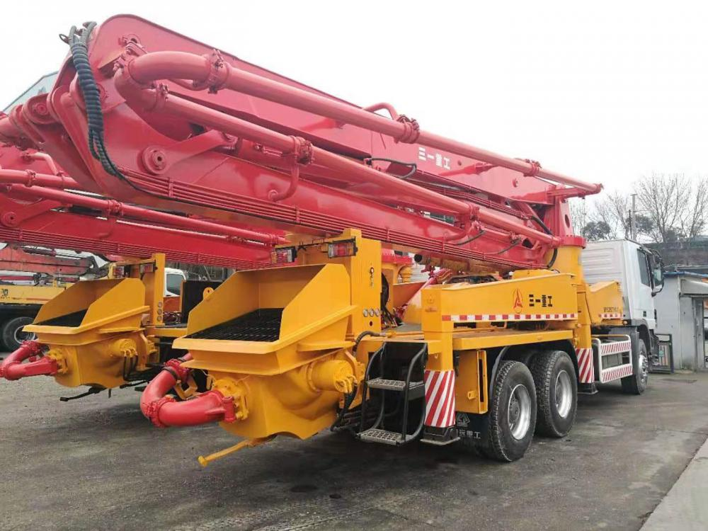 Used Concrete Pump Truck 05