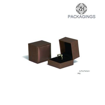 Customize Jewelry Paper Box With Velvet Insert