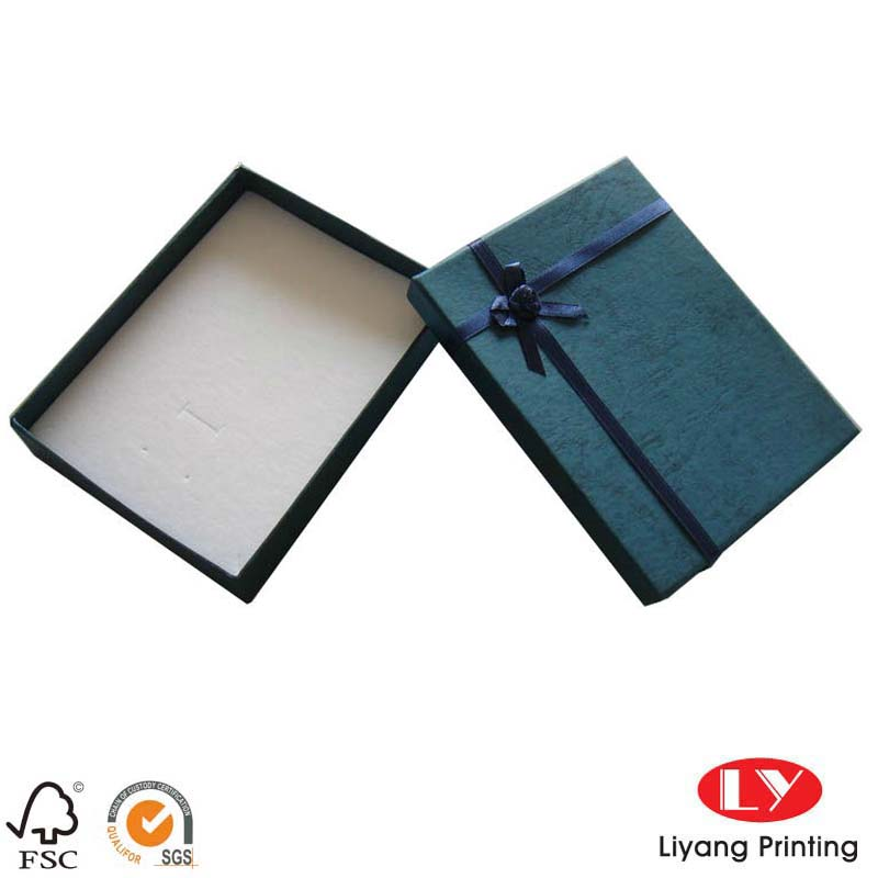 Paper Jewelry Gift Box LY0032608