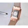 Relógio de pulso das senhoras do design novo da fábrica