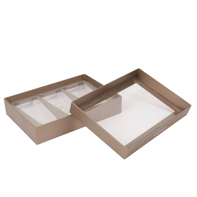 Box With Clear Window