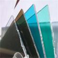 Прочный прозрачный материал крыши стадиона