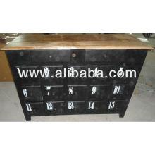 Cabinet industriel vintage