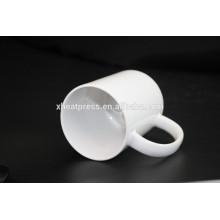 2016 Taza de cerámica en blanco de la sublimación 11oz del diseño de la venta directa de la fábrica nueva