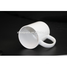 2016 Fábrica de venda direta de design novo sublimação 11oz caneca de cerâmica em branco