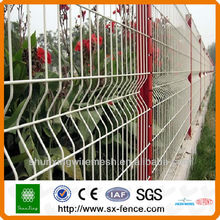 Galvanize então o painel revestido do pvc da cerca