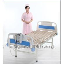 Matériau taiwanais matelas d'air médical matelas anti-squelettes avec pompe système de pression alternée