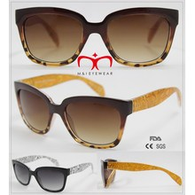2016 Gafas de sol de plástico de moda con transferencia de sello caliente (WSP601542)