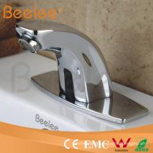 Robinets électriques instantanés / sans réservoir d'eau chaude / robinets / robinets