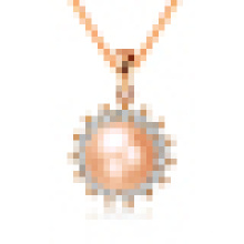 Women′s Natural Pearl Sun-Shaped Pendant Necklace with Chain