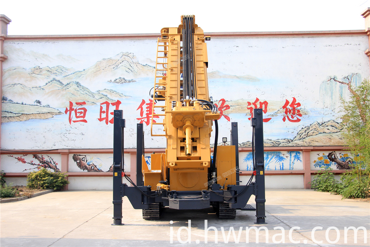 Pneumatic drilling rig