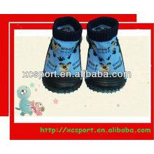 Calcetines de goma de moda único bebé zapato